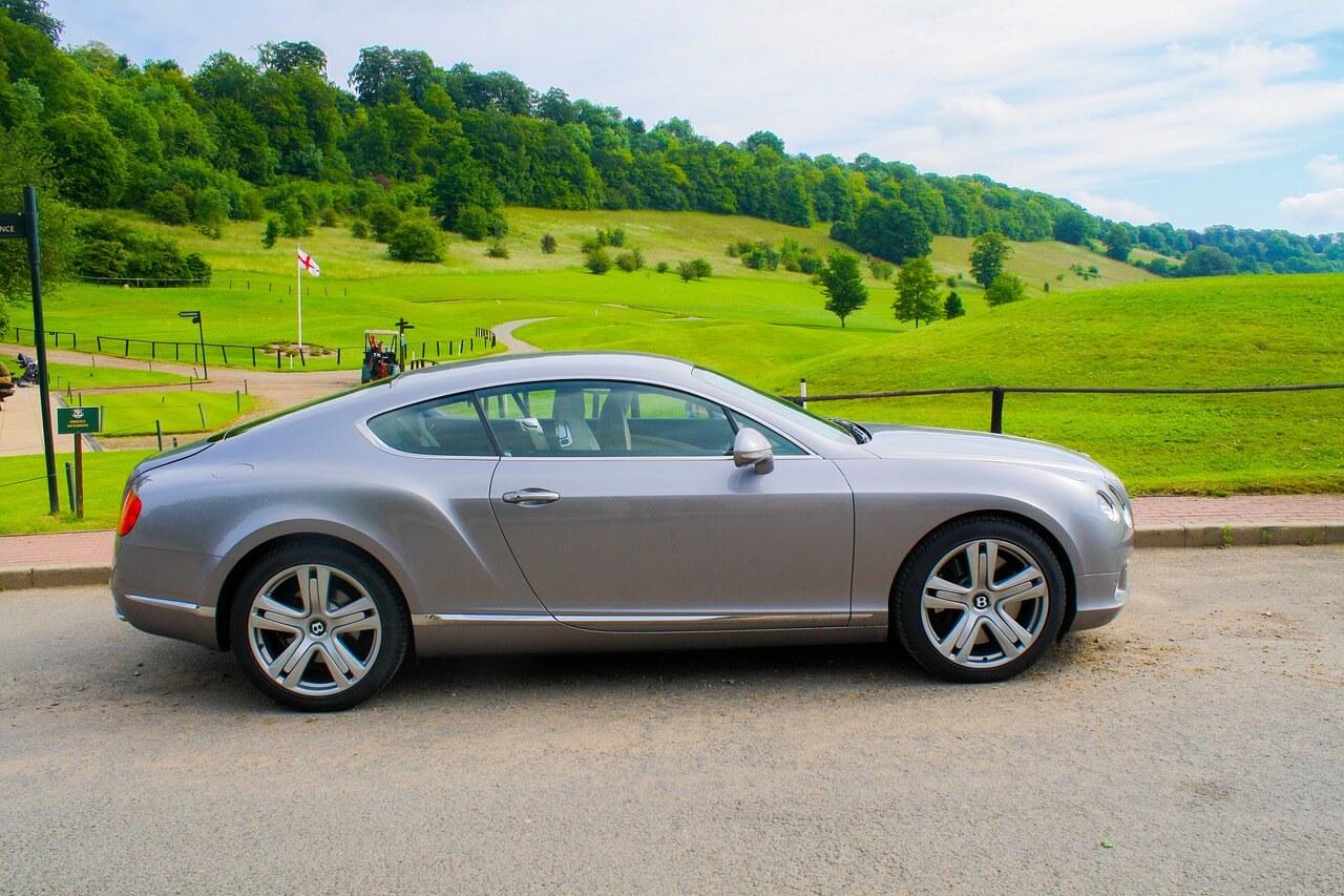 Autoverzekering Bentley Continental met de juiste dekking en scherpe premie.